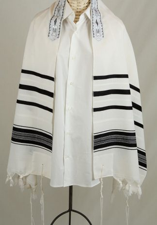 Oliver - Men's Traditional Wool Tallit-0
